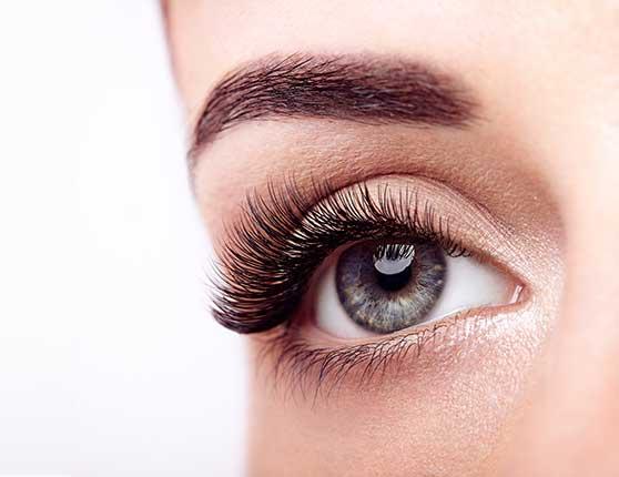 Audience Insight Entwicklung Contentbild - Auge einer Frau