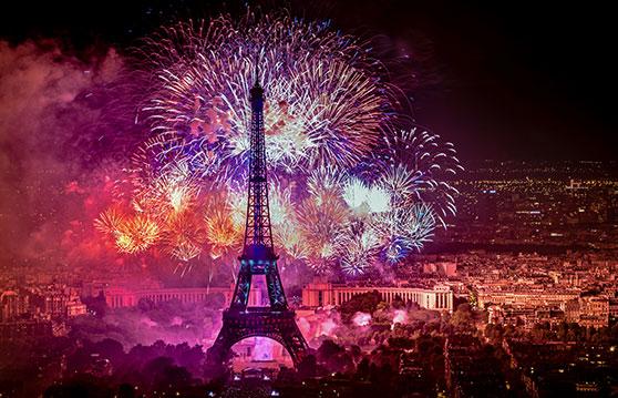 Fotodesign Content Bild - Paris Eifelturm Feuerwerk