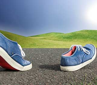 Medien und Werbeagentur Banner Bild Promotion - Laufende Schuhe